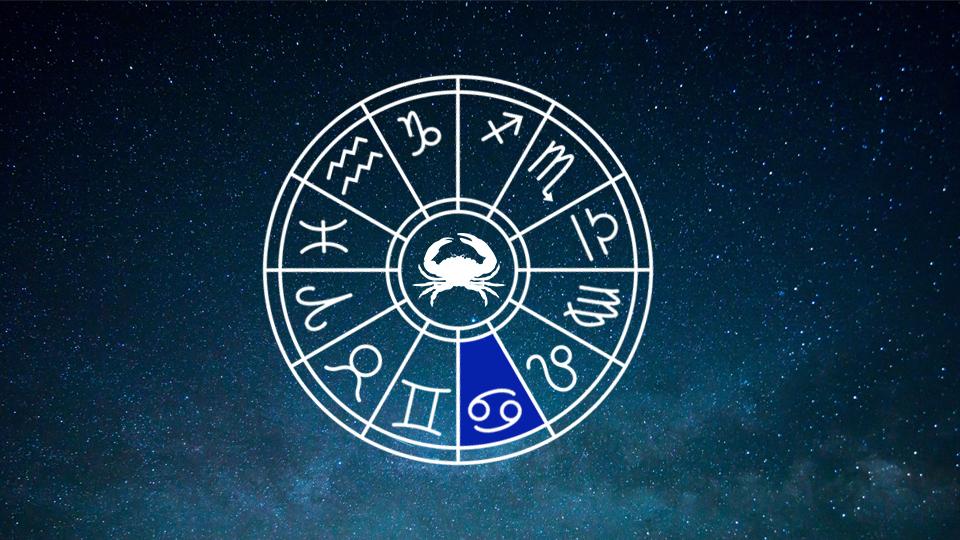 https://panditdesraj.com/wp-content/uploads/2019/05/astrologer-in-jalandhar.jpg